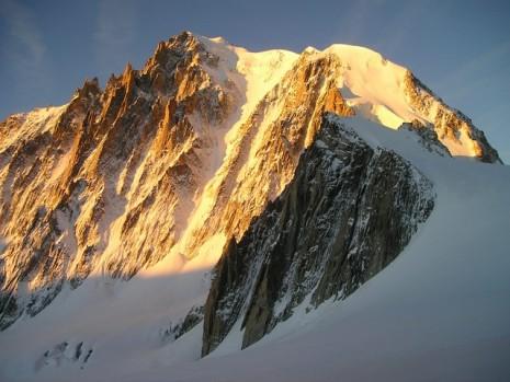 تفسير حلم رؤية الجبل في المنام لابن سيرين