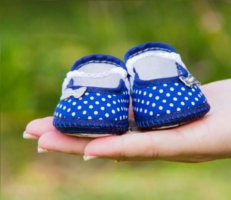 مراحل نمو وتكون الجنين في الشهر الثامن للحمل واعراض الحمل