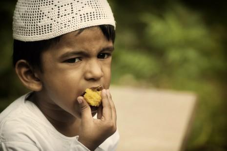 تفسير حلم رؤية صوم افطار يفطر في شهر رمضان في المنام