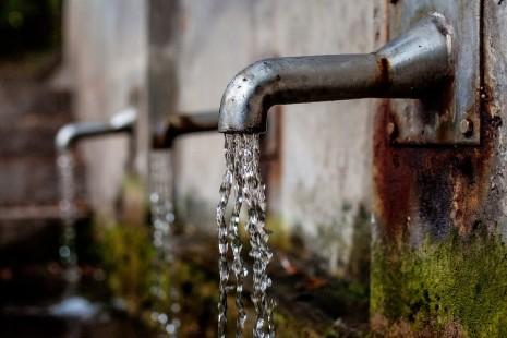رؤية الوضوء ومن يطلب الماء ويتوضأ في الحلم و المنام