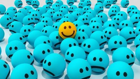 طرق علاج الضيق والاكتئاب وخطوات سهلة لتحقيق السعادة النفسية