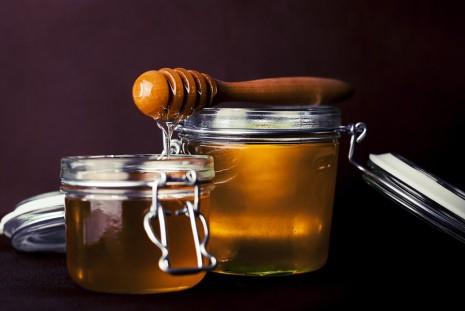 فوائد تناول عسل النحل