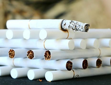 حكم التدخين و علاج الحالة النفسية بالتدخين
