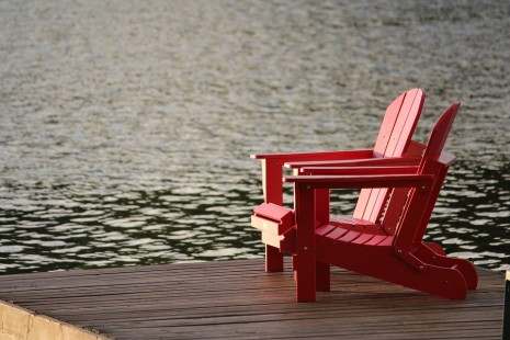 رؤية الجلوس على الكرسي في المنام