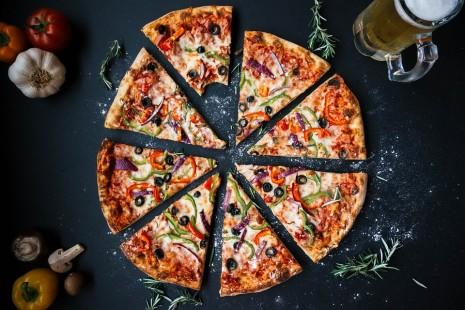 تفسير رؤية البيتزا في الحلم